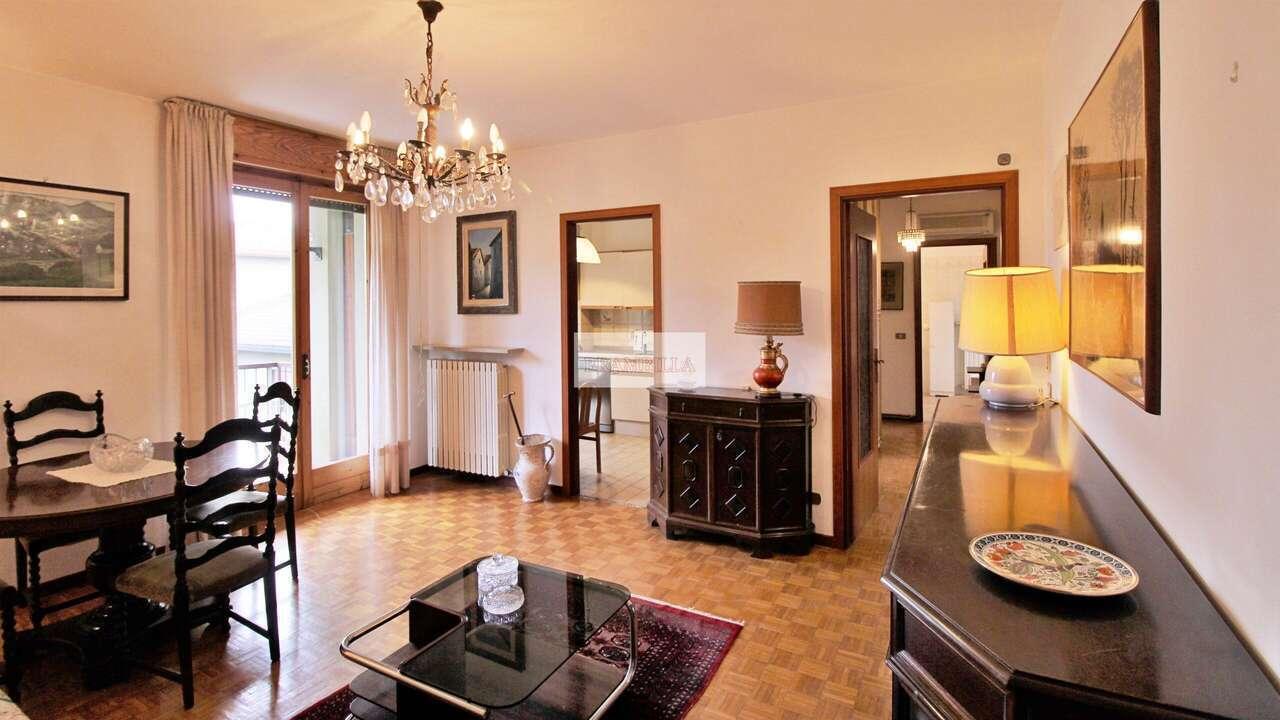 CASTEGGIO – Adiacenze centro, ottimo trilocale in vendita