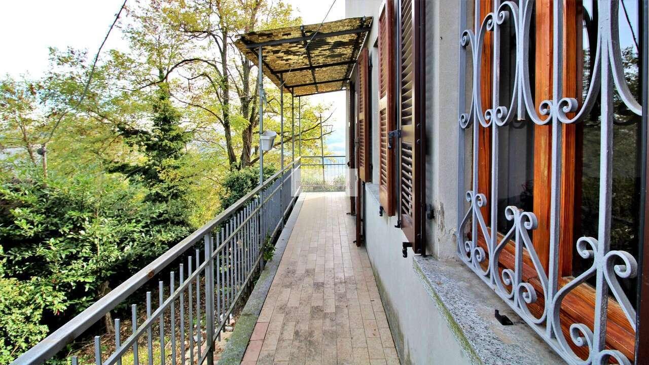 CIGOGNOLA – Casa indipendente con giardino